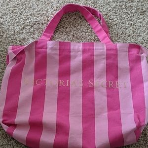 Victoria's Secret -HUGE- Travel/Duffle Bag NWOT